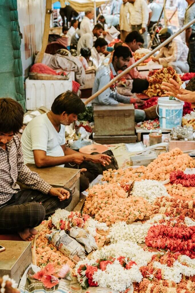 Flower Markets in Jaipur, India | Photography by Kayla Mendez